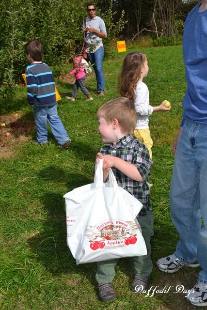 jesse with apple bag