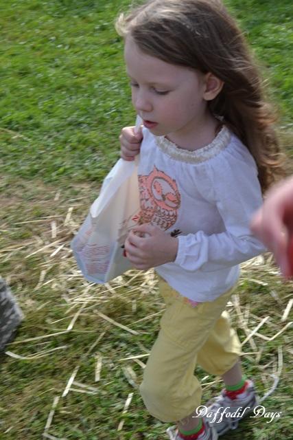 sophia with apple bag